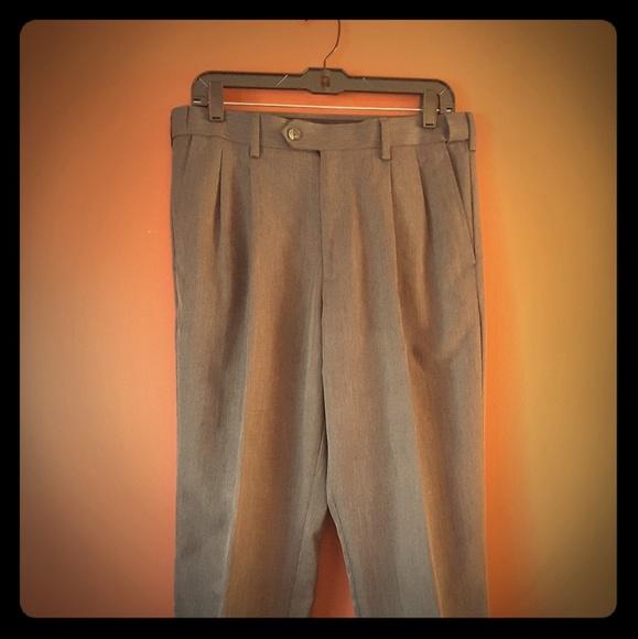 89342e04dd ● Men's Pleated Gray Dress Slacks ●